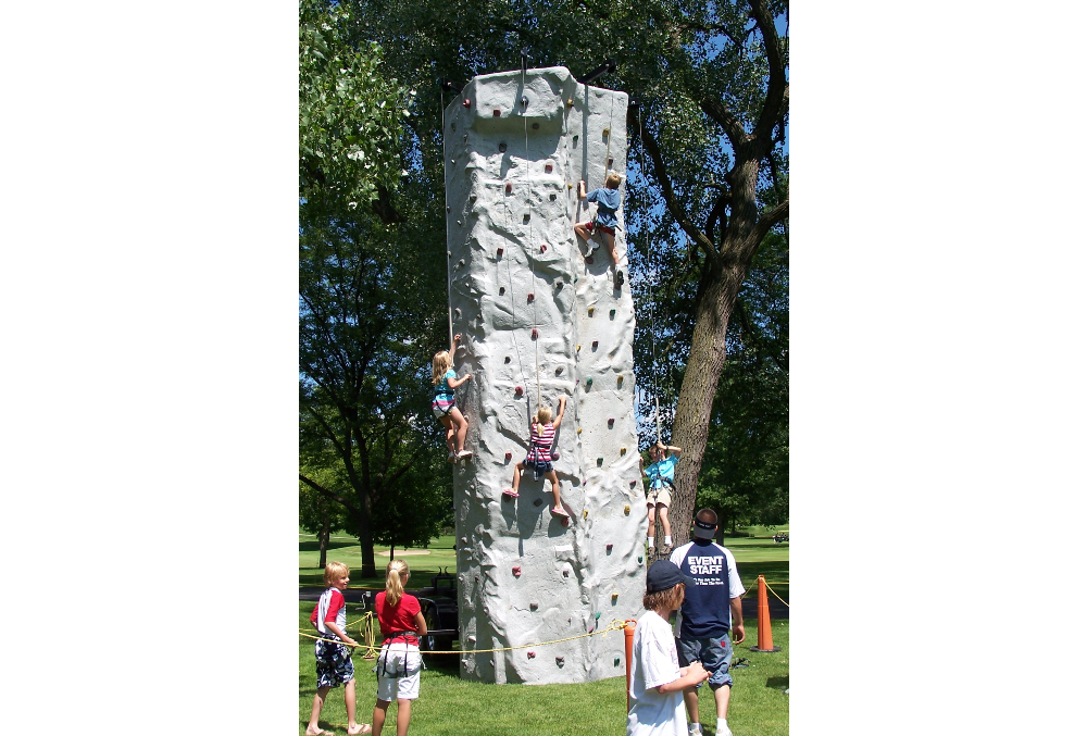 Country Club Event – Rock Wall